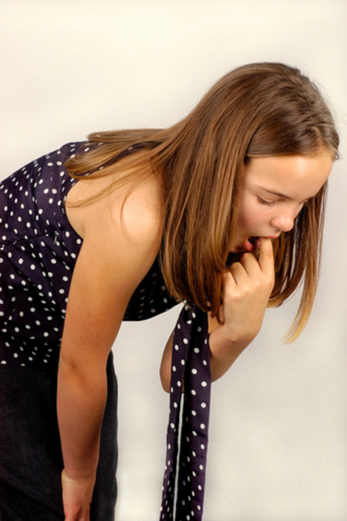 Признаки и симптомы булимии