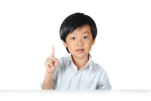 Как лечить заикание у детей раннего возраста?