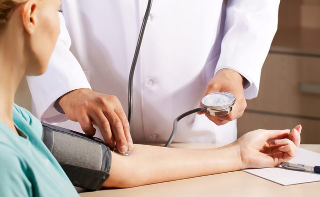 Консультация врача при гипертонии