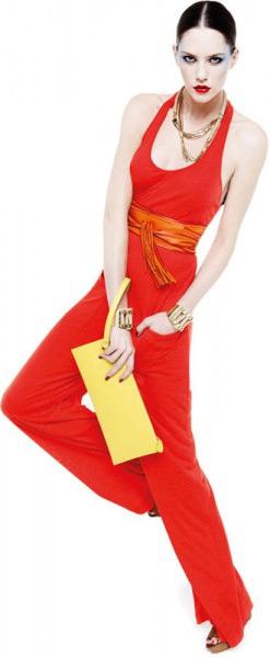 Одежда Pinko - выбор гламурных девушек, ценящих повседневный комфорт