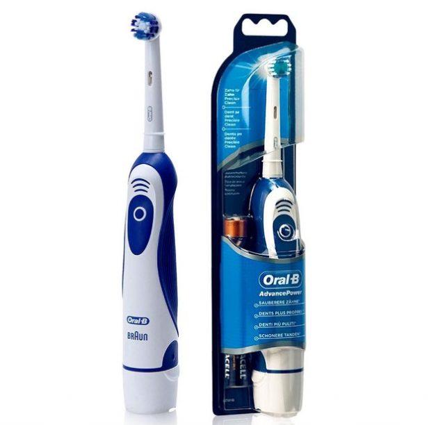 Электрическая щетка Oral-B