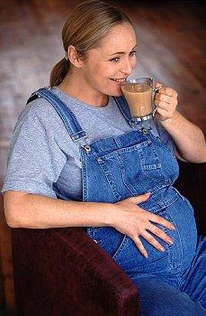 Можно ли беременным пить какао