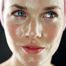 Лучшие дневные кремы для жирной кожи лица
