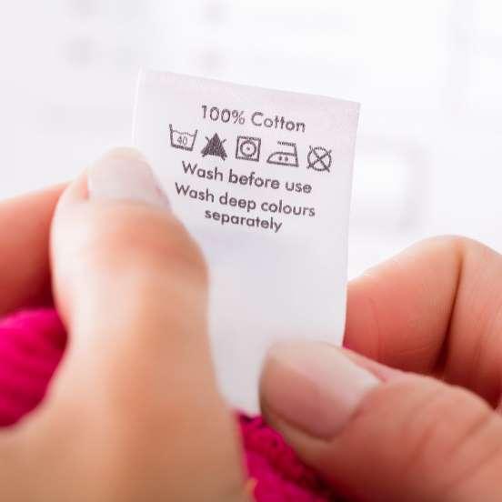Как правильно стирать новые купленные вещи и белье