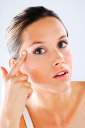 Причины сухости кожи лица и тела