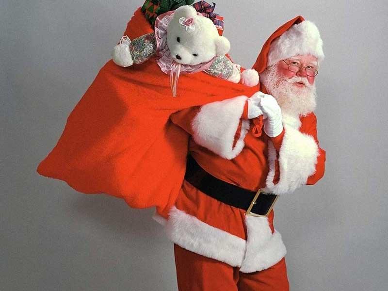 Дед Мороз для ребенка на Новый Год - надо ли, и как устроить встречу?