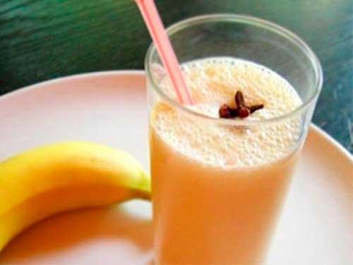 Банановый коктейль - рецепт для детей