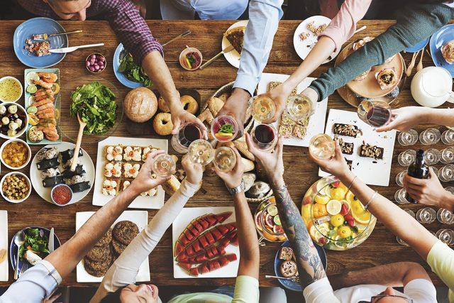 Как не переедать и как лечить обжорство