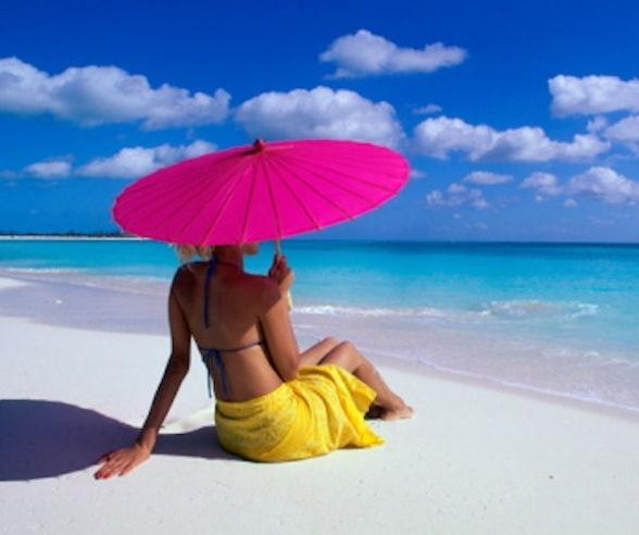 Как ровно загореть на пляже? Искусство пляжного загара.