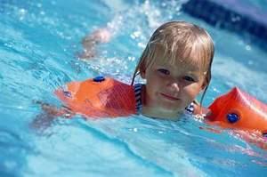 Как правильно выбрать детский бассейн