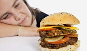 Причины жирной кожи лица и тела - неправильное питание