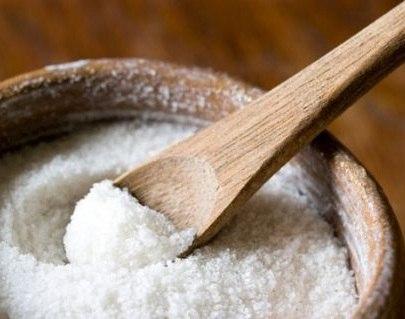 Пилинг с солью от вросших волос